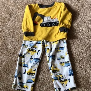 893479bf91db Kids  Toddler Fleece Pajamas on Poshmark